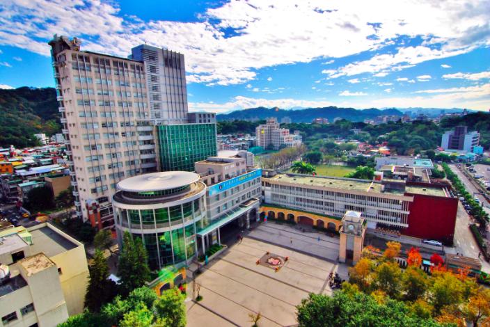 臺北醫學大學通識教育一片榮景。(取自臺北醫學大學網站)